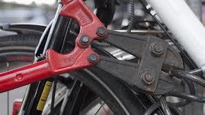 Tira fuori la bici, ma non fartela ciulare