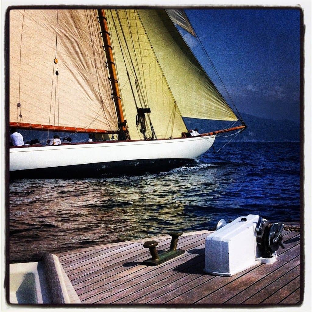 Legno vecchio e poesie di mare
