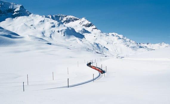 Il Trenino Rosso del Bernina (www.rhb.ch:it:treni-panoramici:bernina-express)