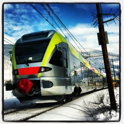 Sulla neve, porta gli sci, non lo stress, pensando anche a Brad Pitt