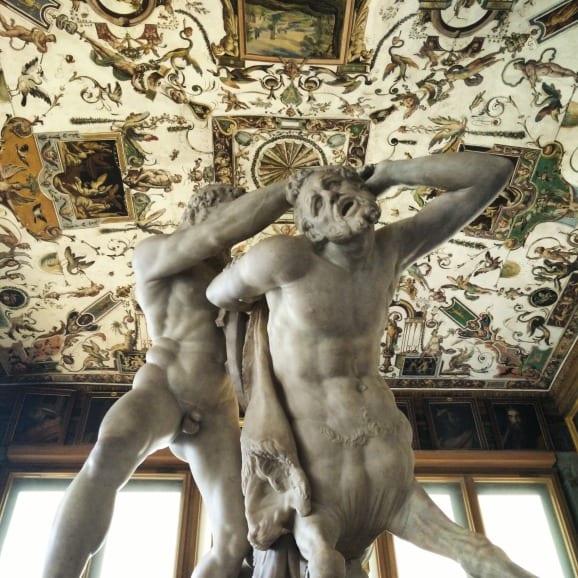 La.statua.fu.realizzata.dal.Caccini.partendo.da.frammenti.di.epoca.classica